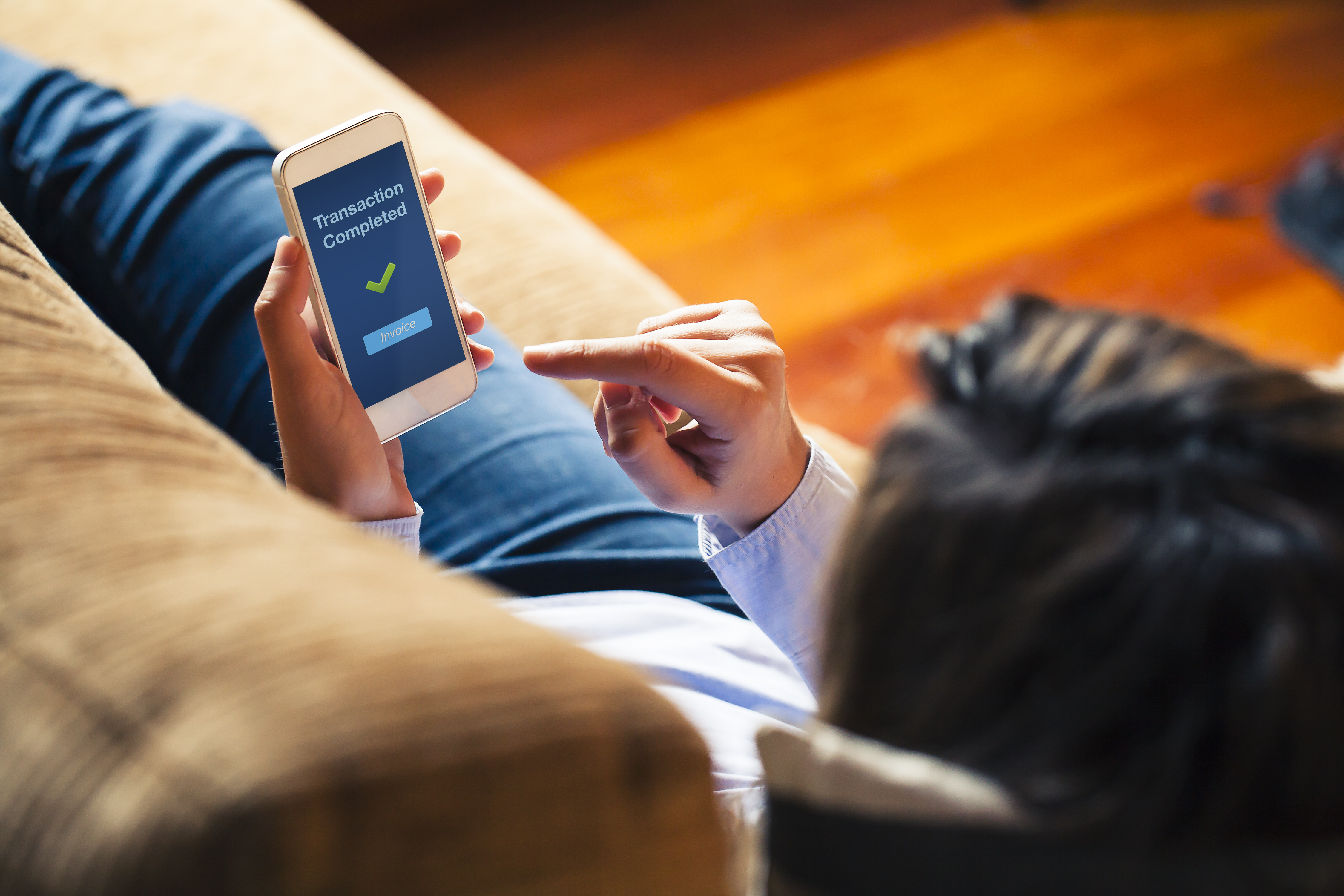 4 Aplicaciones gratuitas para enviar dinero entre amigos